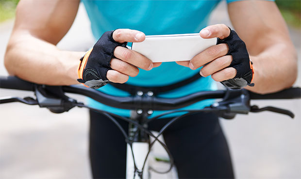 Bike Computer vs. Smartphone
