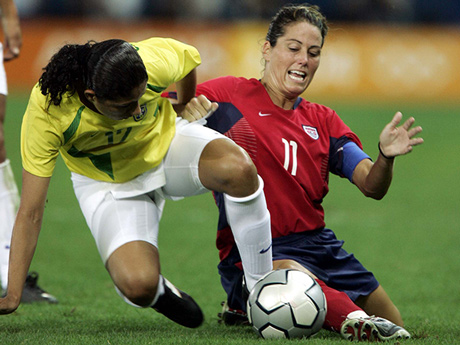 Passing Tips From Julie Foudy