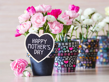 10 Memorable DIY Mother's Day Gifts for Kids