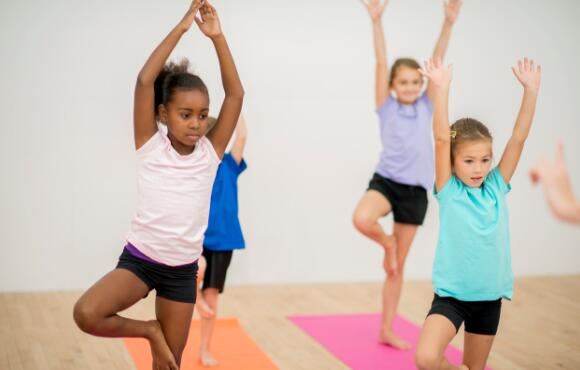6 Ways Yoga Can Help Your Kid Chill Out
