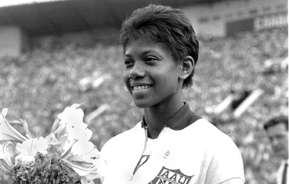 7 Pioneering Women in Sports