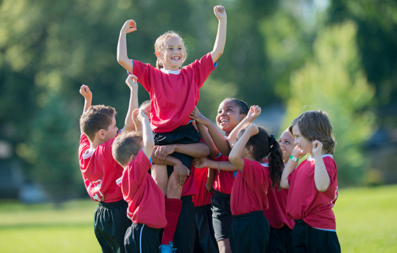 how to encourage students to take part in sports
