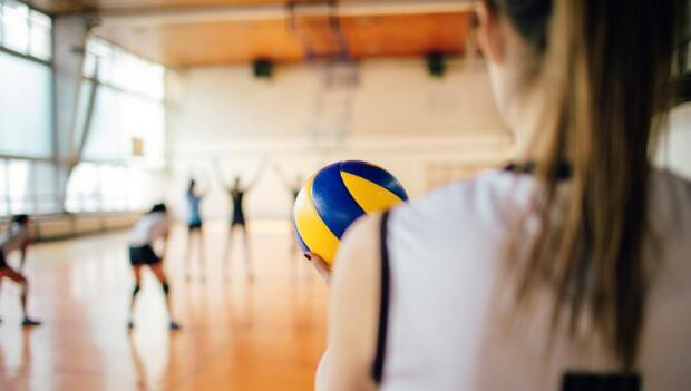 8 Volleyball Warm-Up Drills | ACTIVE