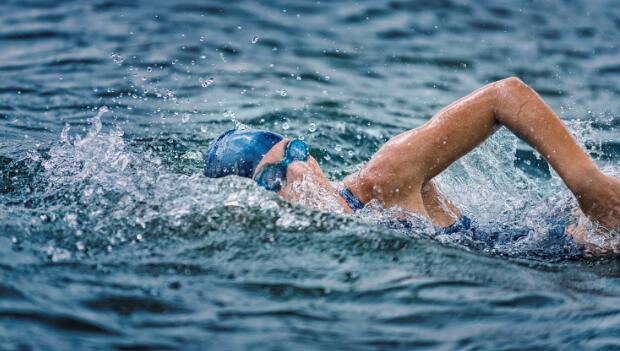 Open Water Swim Technique: Work Less, Swim Faster | ACTIVE