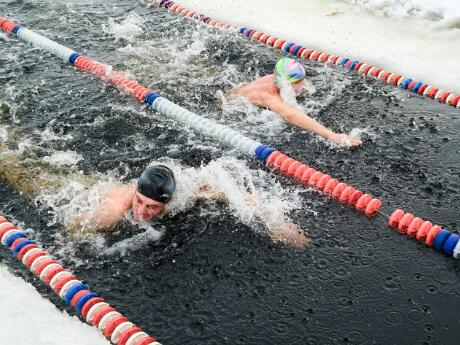 8 Ways to Handle Swimming in Cold Water