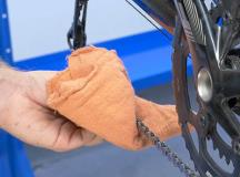 A Step-by-Step Guide to Cleaning Your Drivetrain