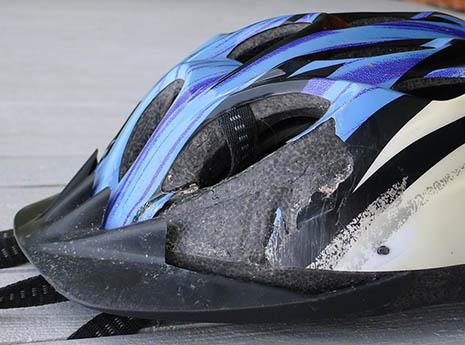 Damaged+bike+helmet front