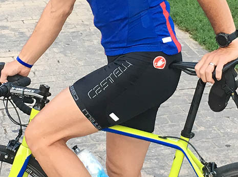 Castelli-evoluzione-2-bib-short-front