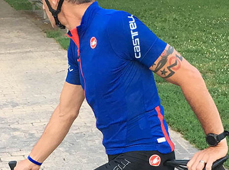 7 Affordable Cycling Jerseys