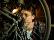 8 Things Cyclists Do that Normal People Don't