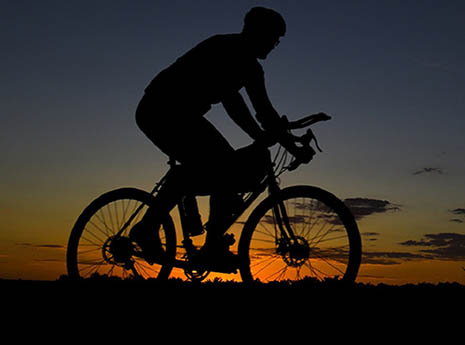 9 Tips for Riding When Daylight Dwindles