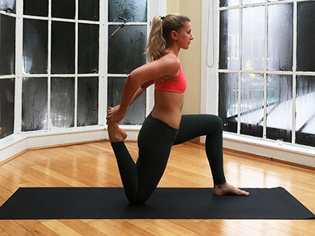 8 Yoga Poses To Target Tight Hip Flexors Active