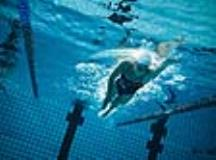 5 Reasons to Try Swimming