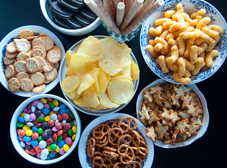 8 Sneaky Ways Processed Foods Can Make You Overeat