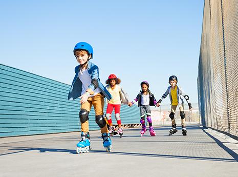 Kids+roller+blading front