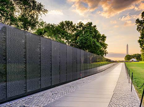 Vietnam+war+memorial front