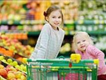 A Parent's Guide to Grocery Shopping With Multiple Kids