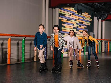 Kids+roller+skating front