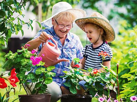 Kid+gardening front