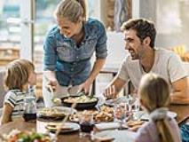 Why Families Should Eat Dinner Together