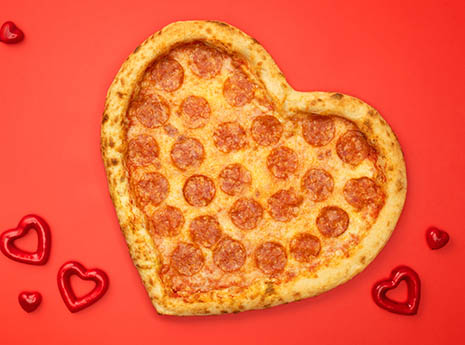 Heart+pizza front