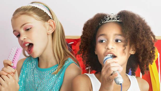 Girls Singing