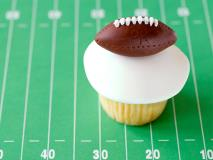 12 Sports-Themed Treats for Your Next Team Party