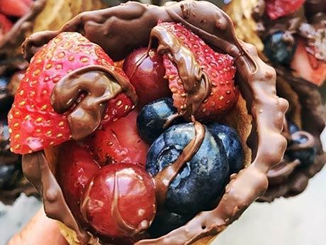 Fruit+waffle+cone+-+front+image