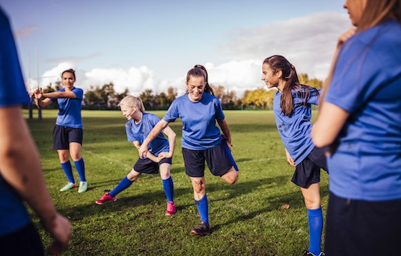 should boys and girls play on the same sports team