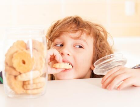 8 Healthy Breakfast, Lunch and Snack Swaps for Kids