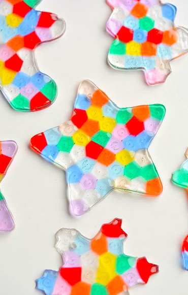 The best holiday crafts gifts to make with kids activekids for Arts and crafts workshops near me