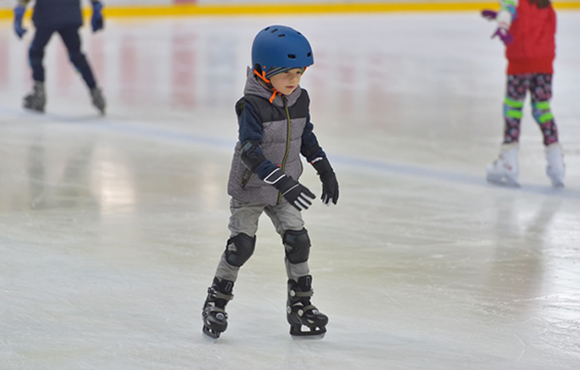 Winter Sports for Kids Inside the Ice Rink | ACTIVEkids