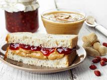 7 Ways to Reinvent the PB&J For Kids