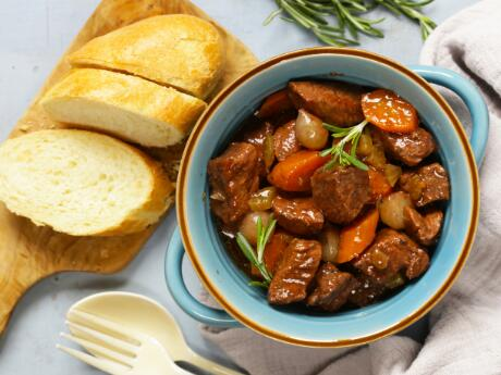5 Easy Slow Cooker Recipes for Busy Nights