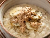 New Sweet and Savory Oatmeal Recipes to Mix Up Your Morning Routine