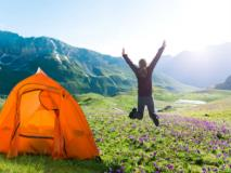 7 Tips to Stay Warm Camping This Winter