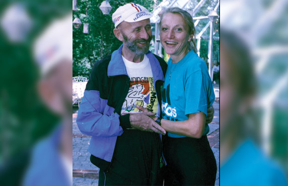 This Aug. 19, 1992, file photo shows New York City Marathon director Fred Lebow and nine-time winner Grete Waitz, posed in New York's Central Park. (AP Photo/Marty Lederhandler, File)