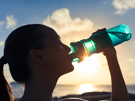 Should You Drink Water or Sports Drinks When Running?