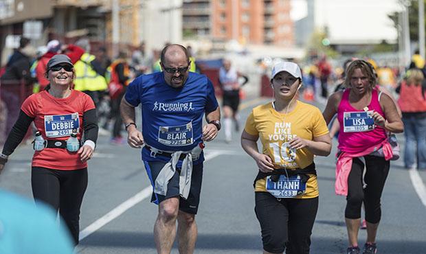 Marathoners running.