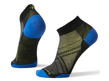 7 Running Socks You Should Try Immediately