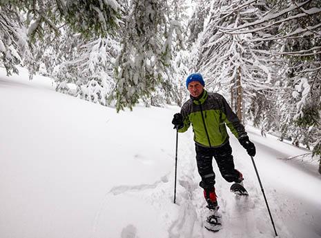 Snowshoe+running front