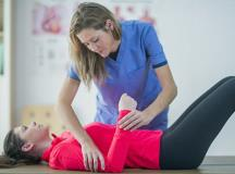 When You Should See a Chiropractor Versus a Physical Therapist