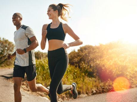 how to run a strong marathon