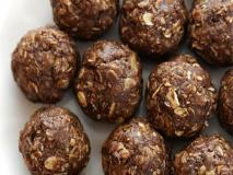 Chocolate Peanut Butter Power Balls for Busy Runners