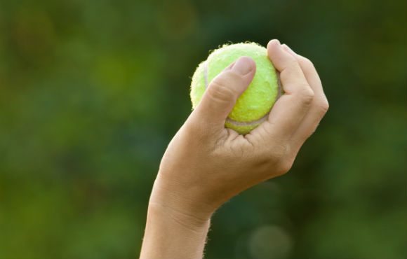 how to serve a tennis ball in steps