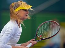 7 Tips for Playing Tennis in the Wind