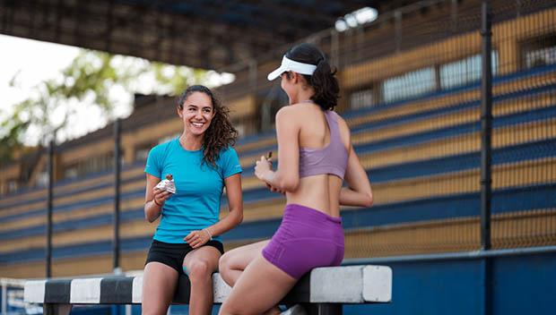 triathletes eating