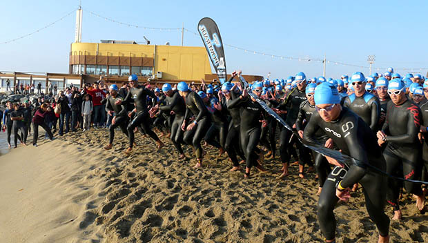 triathlon swim start