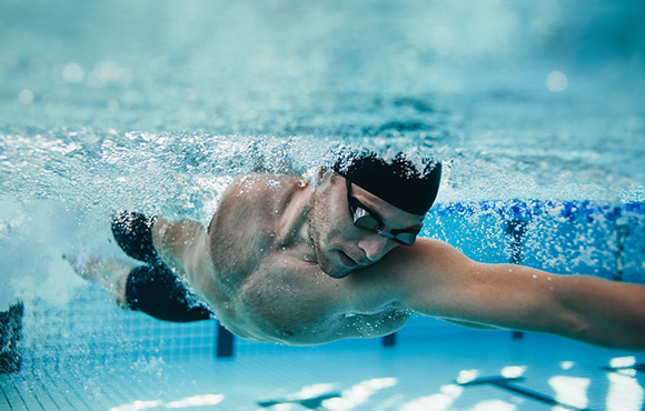 30-Minute Swim Workouts for Triathletes | ACTIVE
