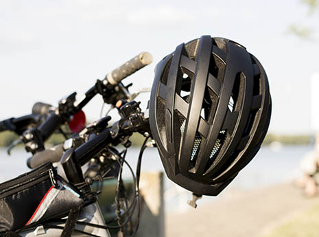Bike+helmet-front